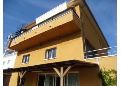 Modern 4 Bedroom Villa with Sea Views