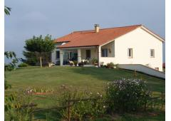 reduced price, lovely home, wonderful views, no work needed
