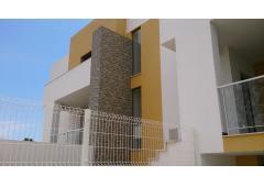 Maison adjacente neuve à vendre au centre de Portimao, région d'Algarve