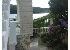 Island Kaprije,Pension House for sale - or for Rent 12 Eur/pers/day