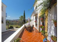 Panoramic views, rustic style townhouse Marbella