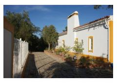Beautiful house with pool located in Alentejo landscape