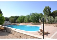 Gorgeous villa with pool