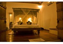 LUXURY VILLA IN BALI-UMALAS-5 MIN TO SEMINYAK-2 BDR AND POOL
