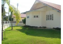 Bungalow in Hua Hin for sale.
