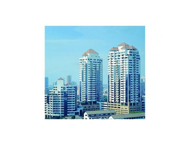 Condominium for sale on Sukhumvit 53 near BTS