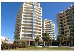 Frontline Apartment in Praia da Rocha, Portimão – Algarve