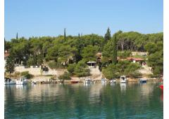 Beautiful property right on the Adriatic waterline, Milna, island Brac