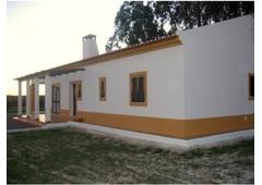 Farmhouse near Sao Domingos