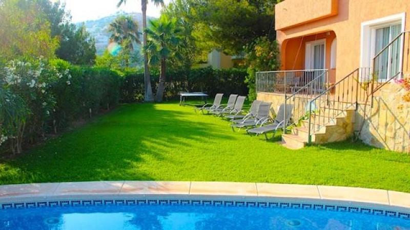 beautiful house for sale in Cartajima