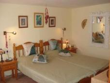 Four bed detached villa