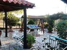 Property with house in messinia.