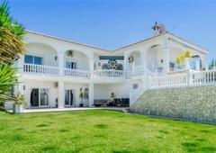 El Chaparral Villa, Golf & Seaviews